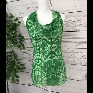 🦚SWEET PEA by Stay Fresh green shirt